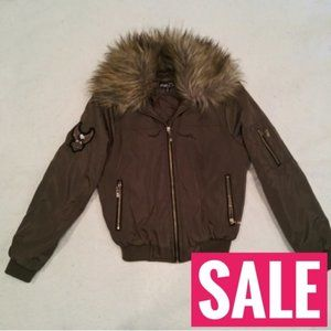 SALE  NWT Faux fur bomber jacket